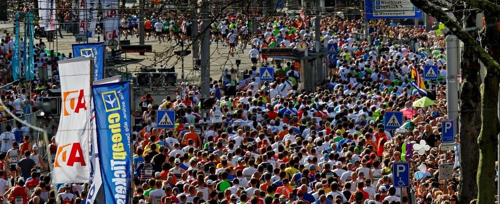 Menigte Rotterdam Marathon Foto ; Pim ras